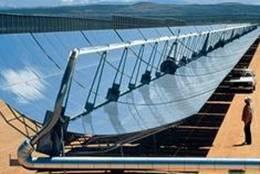 La première centrale thermique solaire au sel fondu de la Chine alimente le réseau électrique